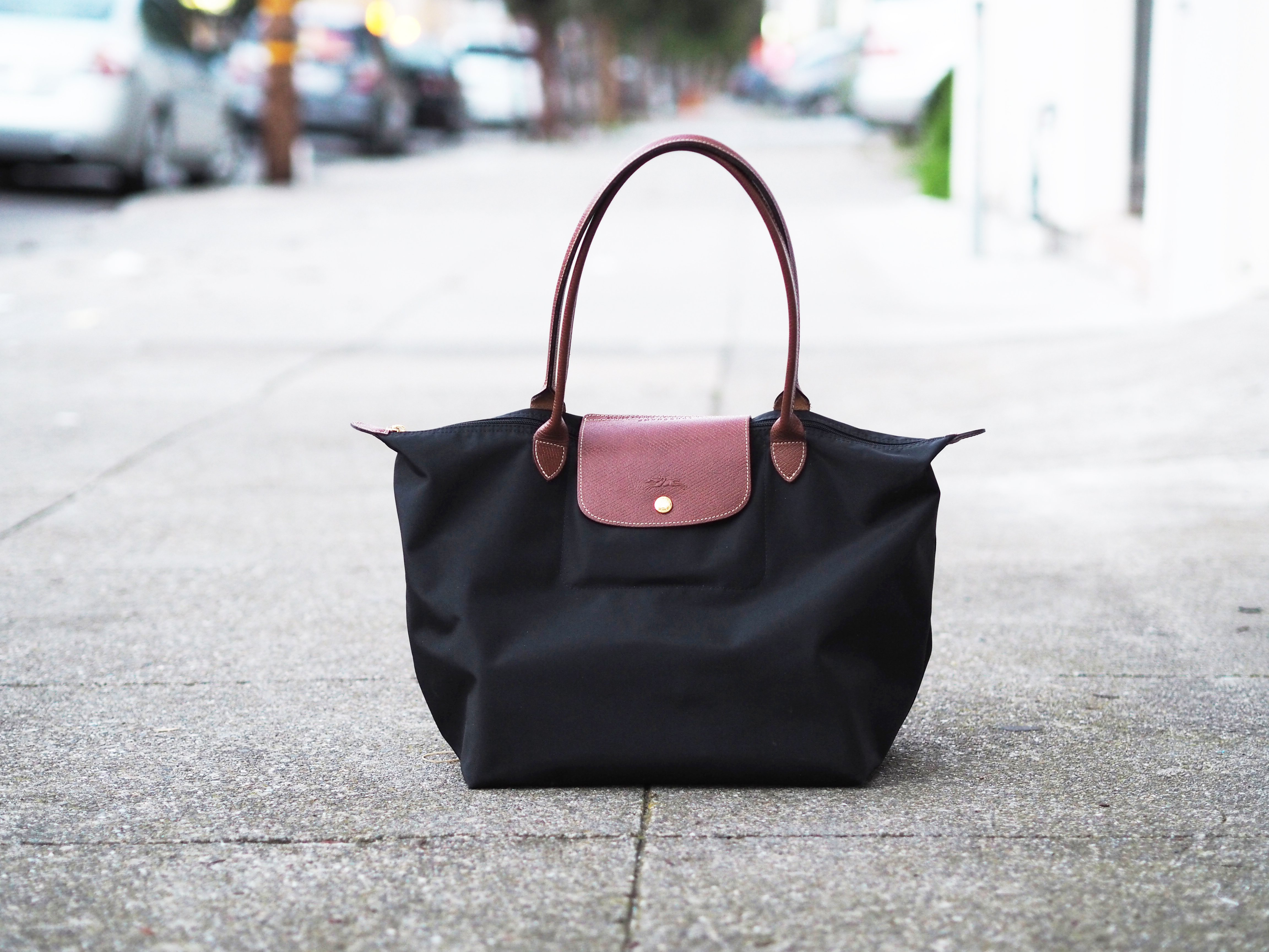 d0c5b1d3cf62 The Perfect Everyday Handbag