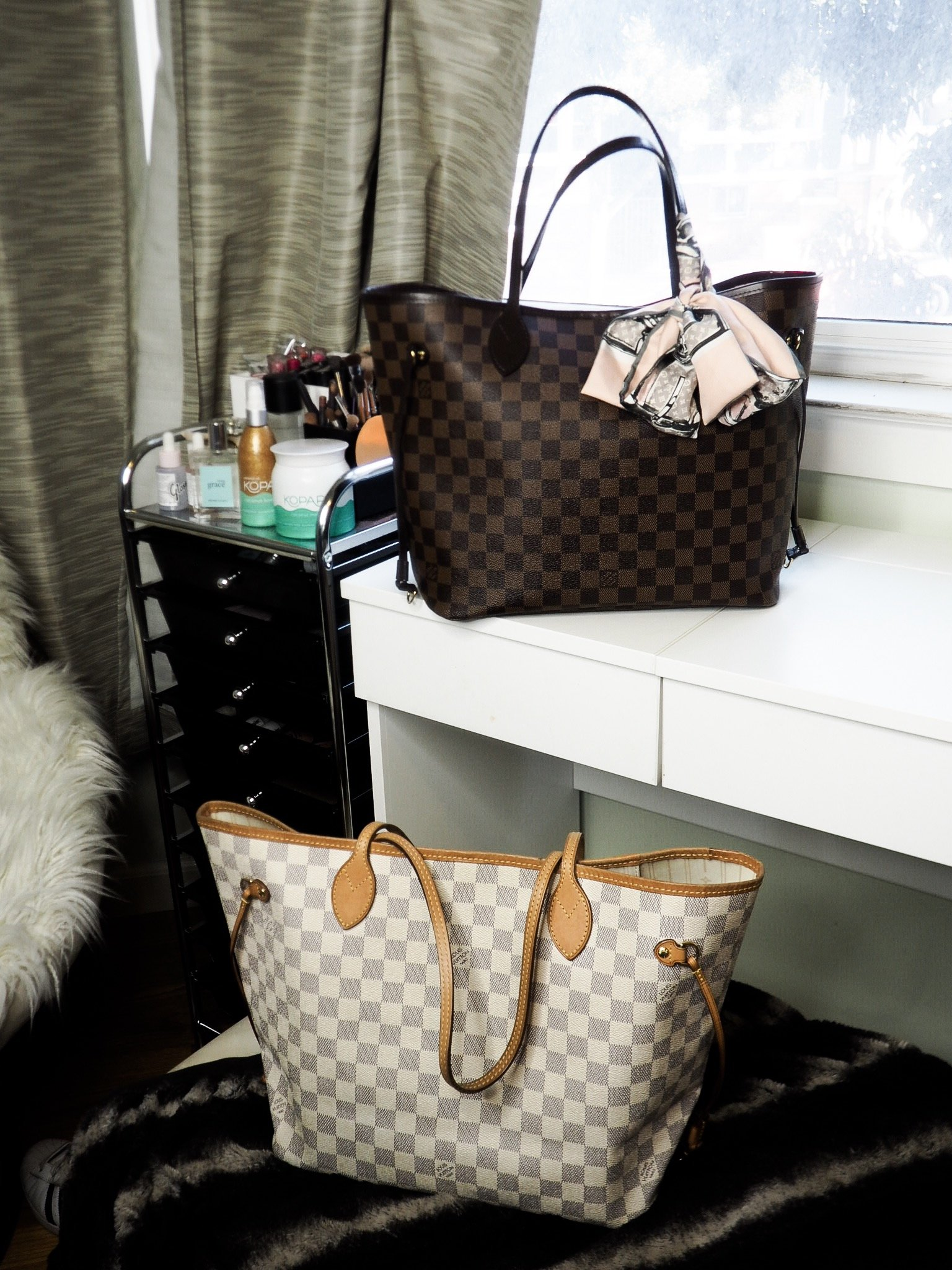 d2c8590d5da6 The Best Handbags to Take to Work